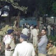 बिहार के मधुबनी में मस्जिद में गई पुलिस टीम पर चलाई पथर और गोली