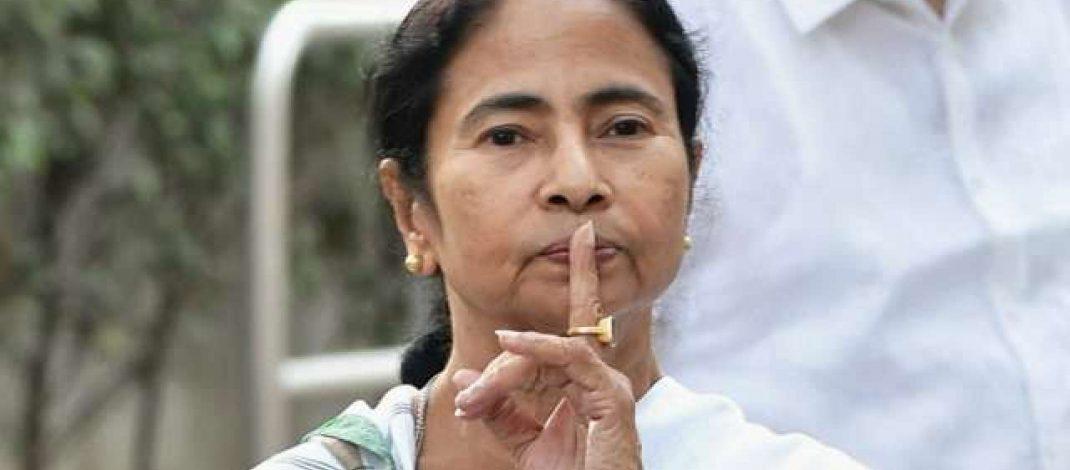 ममता बनर्जी पूरी तरह से बांग्लादेशी बन गई हैं और इस्लामिक आतंकवादियों के इशारे पर काम कर रही