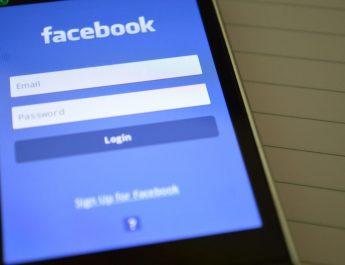 भारतीय सेना के जवानों को फेसबुक, समेत 89 मोबाइल ऐप्स डिलीट करने का आदेश