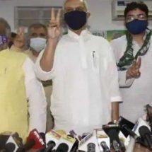 लालू के समधी चंद्रिका राय समेत राजद के तीन विधायकों ने थामा जदयू का दामन