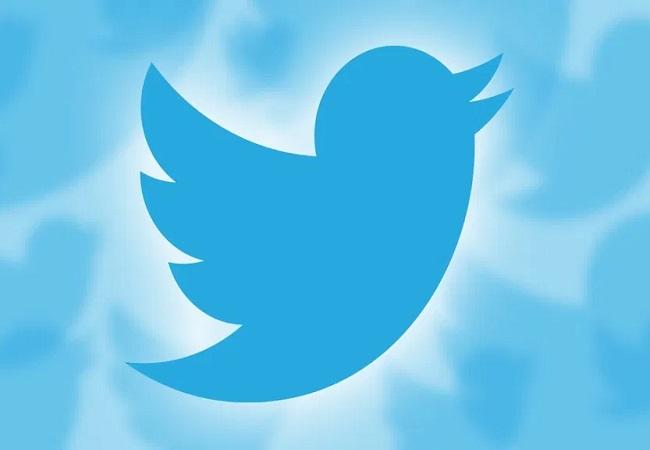 संसद की स्थायी समिति ने फेसबुक और ट्विटर के अधिकारियों को किया तलब