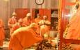 योगी आदित्यनाथ ने गोरखनाथ मंदिर में खिचड़ी चढ़ाकर मकर संक्रांति की शुरुआत की